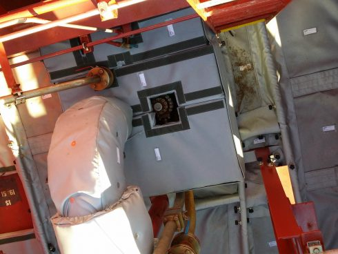 Couverture acoustique pour navire